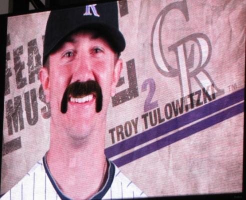 Tulo mustache